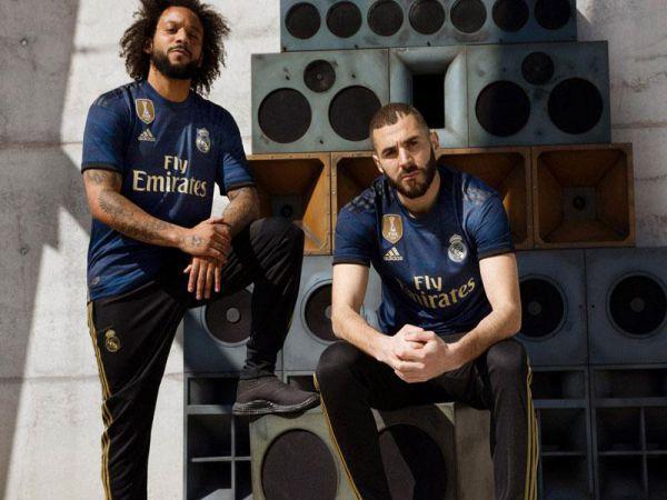 Top 10 bộ áo bóng đá thi đấu bóng đá đẹp nhất mùa giải 2019/2020