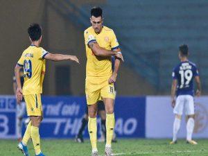 Bóng đá VN 5/10: V.League trở thành bãi rác ngoại binh của Thái Lan