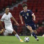 Tin bóng đá quốc tế tối 21/10: Koeman tung hô Messi sau chiến thắng