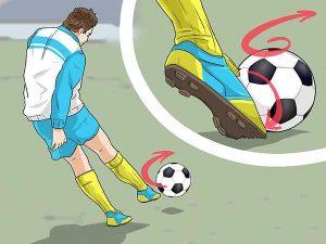 Cách sút bóng mạnh bằng má trong chính xác nhất thế giới